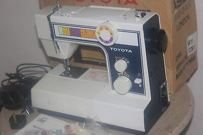 TOYOTA 2400 Series 800 SPM 70W Electric Sewing Machine with Foot Pedal - MINT