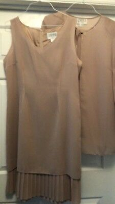 women's dress size 14 mother of the Bride Groom Beige 2 Pieces wedding church
