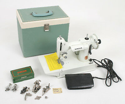 Vtg Singer Featherweight 221K Sewing Machine Case - Color: White - Great Britain