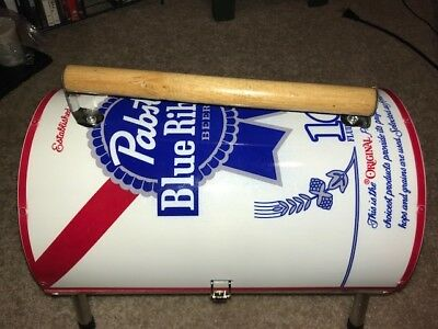Pabst Blue Ribbon Beer Can Grill Charcoal Brand New Never Used Great Condition