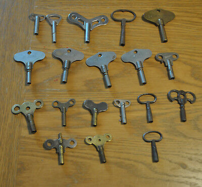 Antique Clock Keys Smiths American clock Mantle Clocks