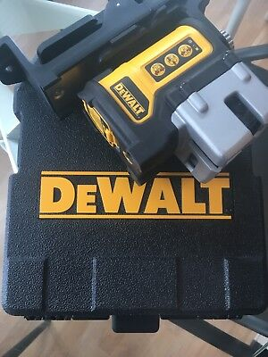 Dewalt DW089 3 Beam Line Laser - Used Once, Excellent condition.