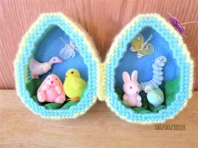 Vintage Hand Crafted Easter Egg With Chicks Butterflies Bunnies Ducks Decoration