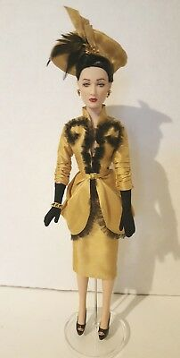 "Tonner ""hollywood Treasure"" Carol Barrie...mint Complete Dressed Doll"