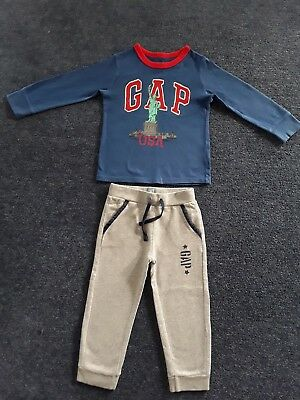 Gap Boys Size 3 Top and Tracksuit Pants