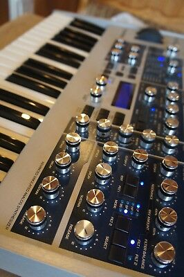 Access Virus Indigo 2 virt analoger Synthesizer Virus C Top! Wie neu!!! OVP !!!