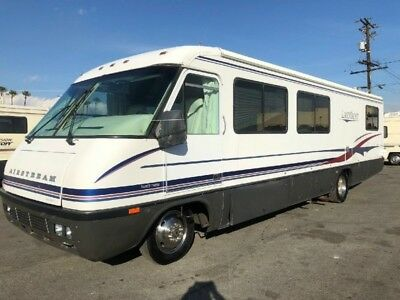 1997 Airstream Land Yacht 33Ft Perfect Condition Must See 7.0 Onan With 50 Hours