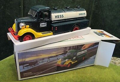 HESS TRUCK Vintage 1980 The First Hess Truck MINT in BOX