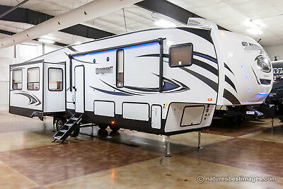 New 2018 36BHQ Mid Bunkhouse Rear Living Room 5th Fifth Wheel with Auto Level