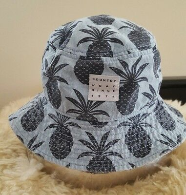 Country Road Bucket Hat. Size S