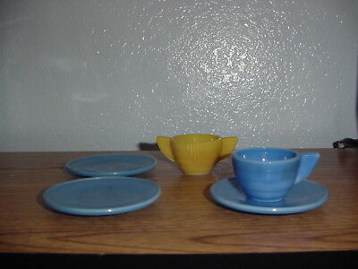 yellow creamer blue ring child 3 plate / saucers 1 cup dishes akro agate