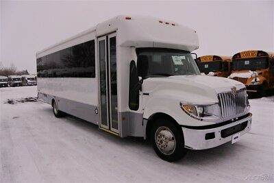 USED 2014 IC STARCRAFT 32 Passenger Commercial Bus #169870K3