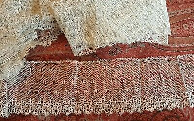 ANTIQUE VINTAGE LACE 4 inches by 6 1/2 yards