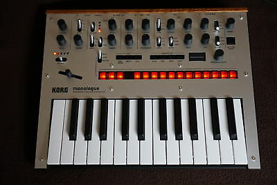 Korg Monologue Silber - monophoner analog Synthesizer