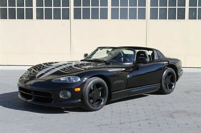 Dodge Viper RT/10 1996 Dodge Viper  RT/10 Excellent condition 1 of 231 produced