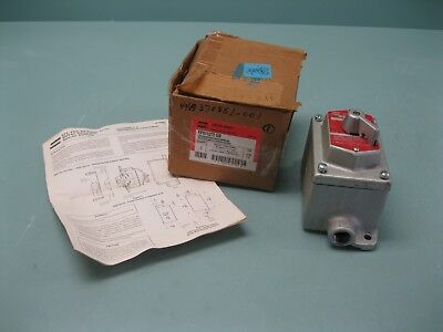 Crouse-Hinds EFS11272 GB Selector Switch Control Station NEW H12 (2307)