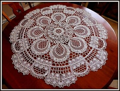 "Vintage ECRU LACE Antique Round TABLE TOPPER 38"" Lovely Design~"