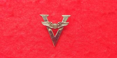 Sterling WWII *V* Victory pilot sweetheart wings pin