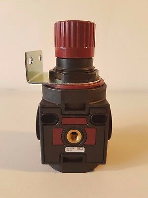 "AIR COMP 1/2"" BSPP, Series 075.11.08.R, Pneumatic Regulator - R 075"