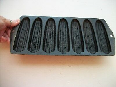 Vintage Cast Iron 7 Ear Corn Bread  Stick Pan Skillet Mold