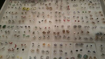 lot de 100 bijoux divers