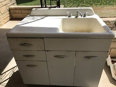 Vintage Cast Iron Farmhouse Sink With Drainboard