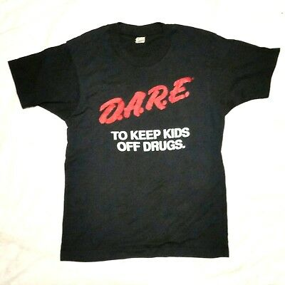 DARE TO KEEP KIDS OFF DRUGS t-shirt vintage BLACK USA Screen Stars DISTRESSED M