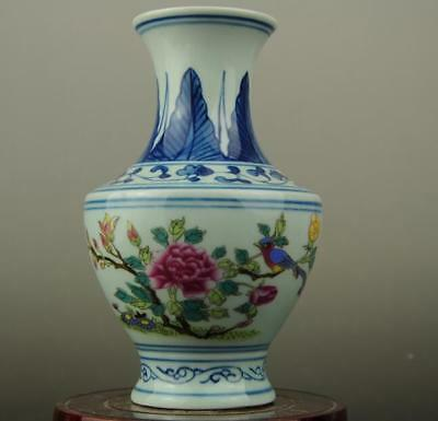 China old hand-made youligong porcelain Hand painted flower pattern vase b02