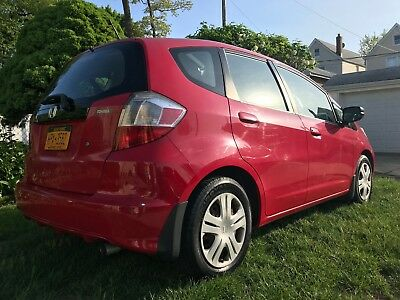2009 Honda Fit base 2009 Honda Fit - 5-speed manual transmission, A/C, PWR locks & windows