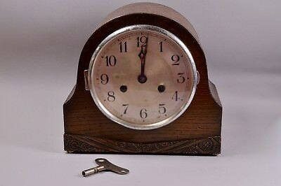 Vintage Wooden Art Deco Clock With Key For Spares or Restoration Comet Mauthe