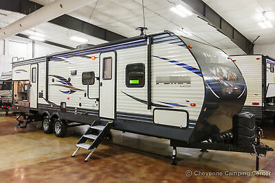 New 2019 31BHSS Bunkhouse Travel Trailer with Bunks & Outdoor Kitchen Never Used