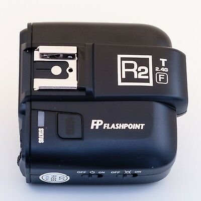 Flashpoint R2 TTL Transmitter for Fuji Cameras