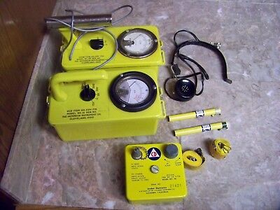 Civil Defense CD V-777-1  CDV-700, CDV-715 Radiation Detector Set Geiger Counter