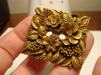 Antique Vintage painted WOOD or OME flower design button