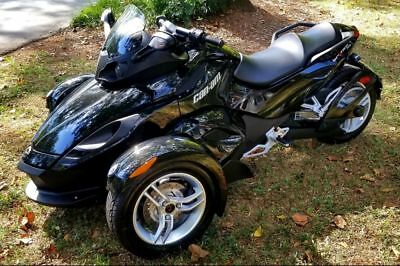 2012 Can-Am Rs-s se5  2012 can am spyder rs-s se5