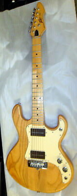 Peavey vintage T-15, with case, 1984, short scale, all original, Free Shipping