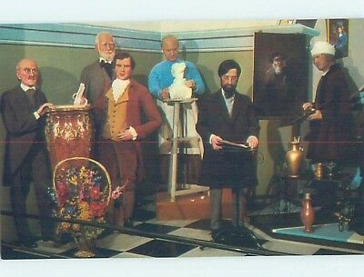 Pre-1980 FAMOUS ARTISTS & AUTHORS AT TUSSAUD'S WAX MUSEUM Blackpool UK F5732-12