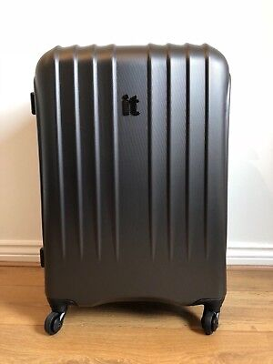 It luggage (Port Moresby) Medium Hard Shell Suitcase 4 Wheels Expandable