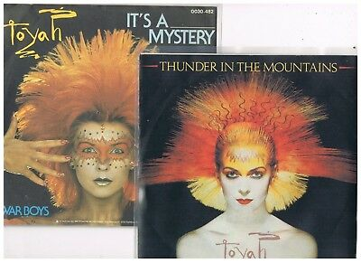 "2 x 7"" - TOYAH - THUNDER IN THE MOUNTAINS / IT´S A MYSTERY - dutch & german PS"