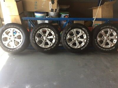 """Triton 5 / 17.5"""" GLXR Wheels and Dueler A/T 245/65/17 Tyres"""