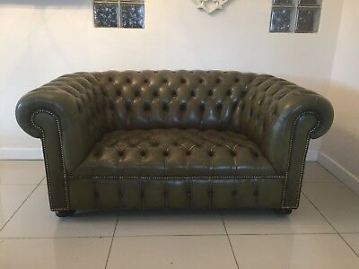Stunning Fully Oned Chesterfield 2 Seater Sofa In Olive Green