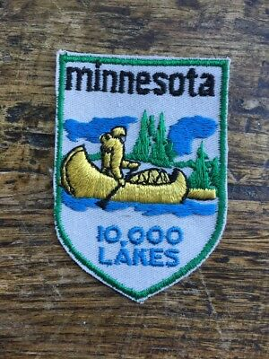 Vtg Minnesota Embroidered Sew On Patch Travel Souvenir 10000 Lakes MN USA