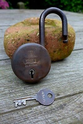 Antique Vintage Brass Venus Beautiful Padlock with one key, working order, 27-02