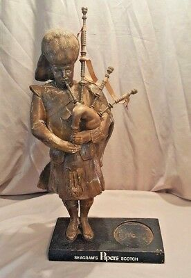 Vintage Seagram's Pipers Imported Scotch Whisky Advertising Statue Bag Pipes