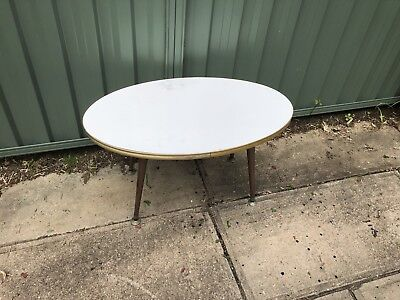 Vintage Retro White Timber Wooden Table Coffee Side Oval