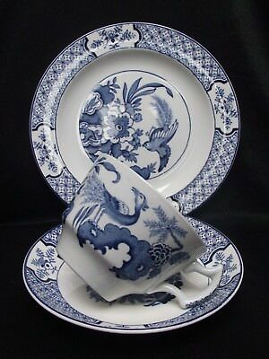 Wood & Sons, Blue & White 'YUAN' Breakfast Cup/Saucer/Side Plate 1930's/40's VGC