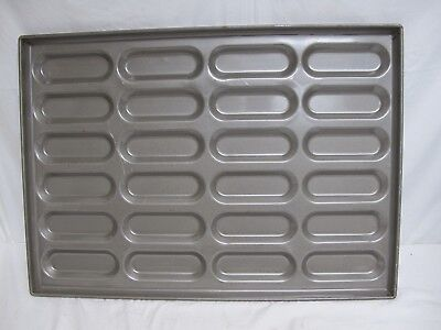 Ekco/Glaco Coated Hot Dog Bun Pans (24 buns per pan)
