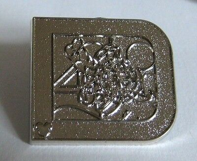 2011 Hidden Mickey 40 Year Anniversary Classic D PLUTO Silver Chaser Disney Pin
