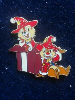 Disney Trading pins christmas chip and dale