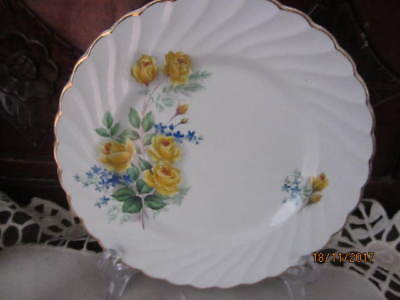 Vintage - Old Foley ''yellow Roses'' -  Bread / Cake Plate